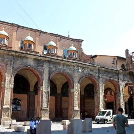 Les arcades de la ville