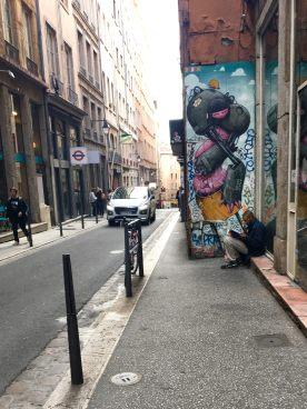 Street art rue des capucins